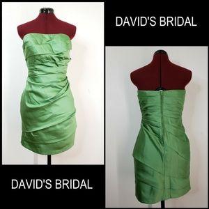 David's Bridal Woman Strapless Short Dress Size 8
